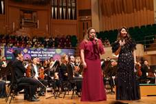 Description: \\hkphil-ad\hkpodept\officeshare\Development Department\Limited Access\_Events\Fundraising Concert\2019_03_30 Friends & Families\Press Release\Post-Concert Press Release\Photos\4WL08791.jpg